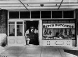 Picture relating to Warwick - titled 'Betts' Butcher Shop in Warwick, ca. 1930'