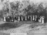 Picture relating to Charleville - titled 'Large group of unidentifed people pictured at the Drover's Picnic, Charleville, ca. 1909'