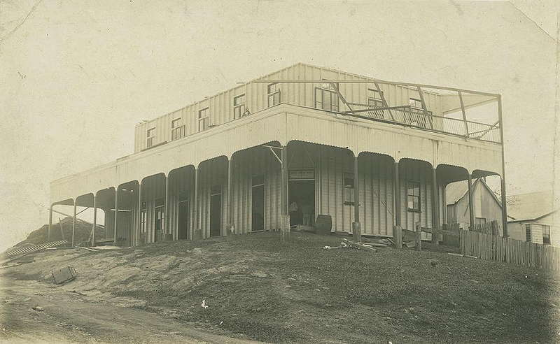 Picture of / about 'Innisfail' Queensland - Crown Hotel at Geraldton after a cyclone