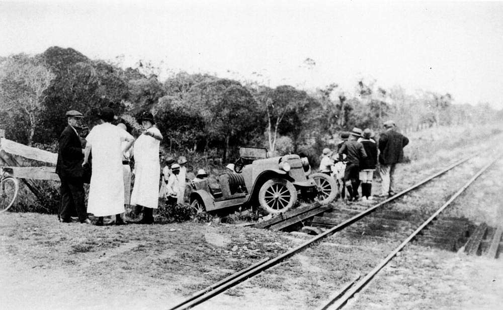 Picture of / about 'Urraween' Queensland - Urraween car accident on the Pialba Line, 1925