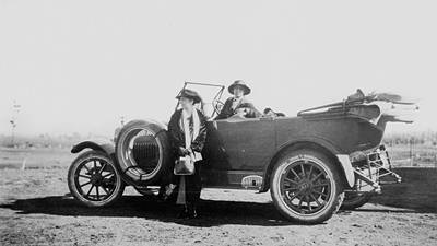 Picture of / about 'Kalbar' Queensland - Jessie Campbell in the car at Kalbar, June 1920