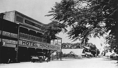 Picture of / about 'Ingham' Queensland - Hotel Hinchinbrook at Ingham, ca. 1933