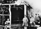 Picture relating to Stanthorpe - titled 'Denyer Family of Stanthorpe, 1911'