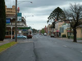 Picture relating to St Arnaud - titled 'St Arnaud Main Street'