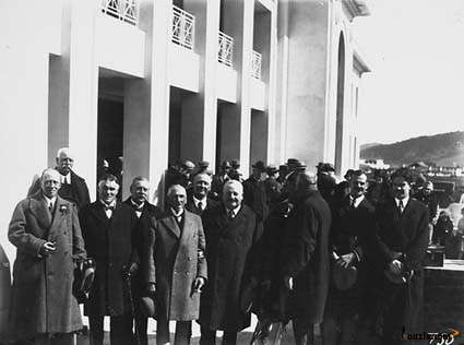 Picture of / about 'Parliament House' the Australian Capital Territory - Group of delegates to the Imperial Press Conference at Old Parliament House