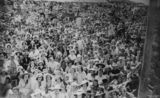 Picture relating to Southport - titled 'Crowds of people at Southport, Queensland, 1939'