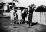Picture relating to Maryborough - titled 'Puller Family'