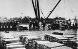 Picture relating to Rockhampton - titled 'Men standing on the wharf at Rockhampton, 1906'