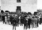 Picture relating to Black Mountain - titled 'Prime Minister opening CSIR Building. Division of Entomology, Clunies Ross Street, Black Mountain.'