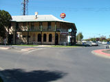 Picture relating to Echuca - titled 'Caledonian Hotel Motel Echuca'