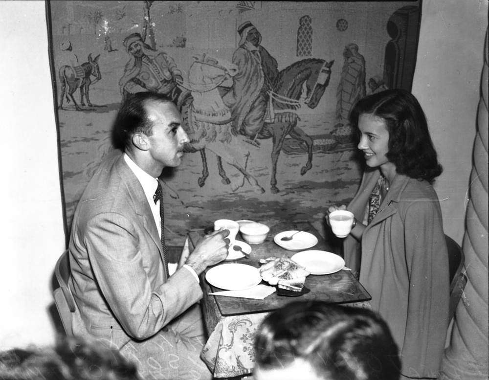 Picture of / about 'Brisbane' Queensland - John Ferguson and Lesley King at the Casa Mara Coffee Lounge, Brisbane, 1949