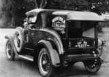 Picture relating to Greenslopes - titled 'Overland Whippet delivery van, Greenslopes, ca. 1929'