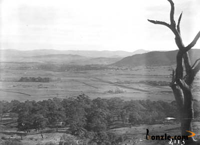 Picture of / about 'Ainslie' the Australian Capital Territory - Panorama from Mt Ainslie towards Civic