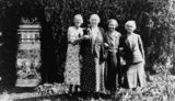 Picture relating to Toowoomba - titled 'Campbell and Henderson women in Toowoomba, 1935'