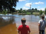 Picture relating to Malmsbury - titled 'Malmsbury  in flood 14-01-11 ~1pm (2)'